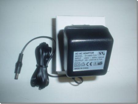 Netzteil SY-0930-TUV 9V 300mA 2,7W 5,5/2,1 mm Stecker